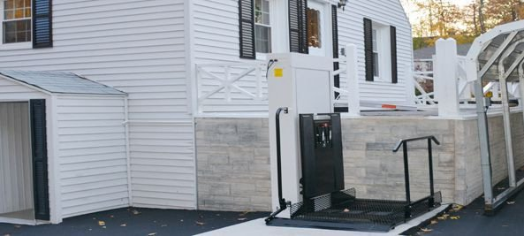 "28"" Home Wheelchair Lifts - Freedom Lift Systems"