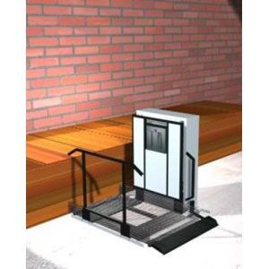 "Freedom 28"" Outdoor Wheelchair Lift for Home - Straight Right"